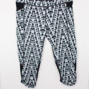 Athleta Crop leggings with back zipper size XS